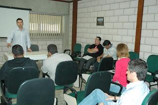 Lucas Guimarães, Assessor Especial da Secretaria de Desenvolvimento Econômico: orientação aos empresários sobre a correta destinação dos resíduos que sobram de sua produção