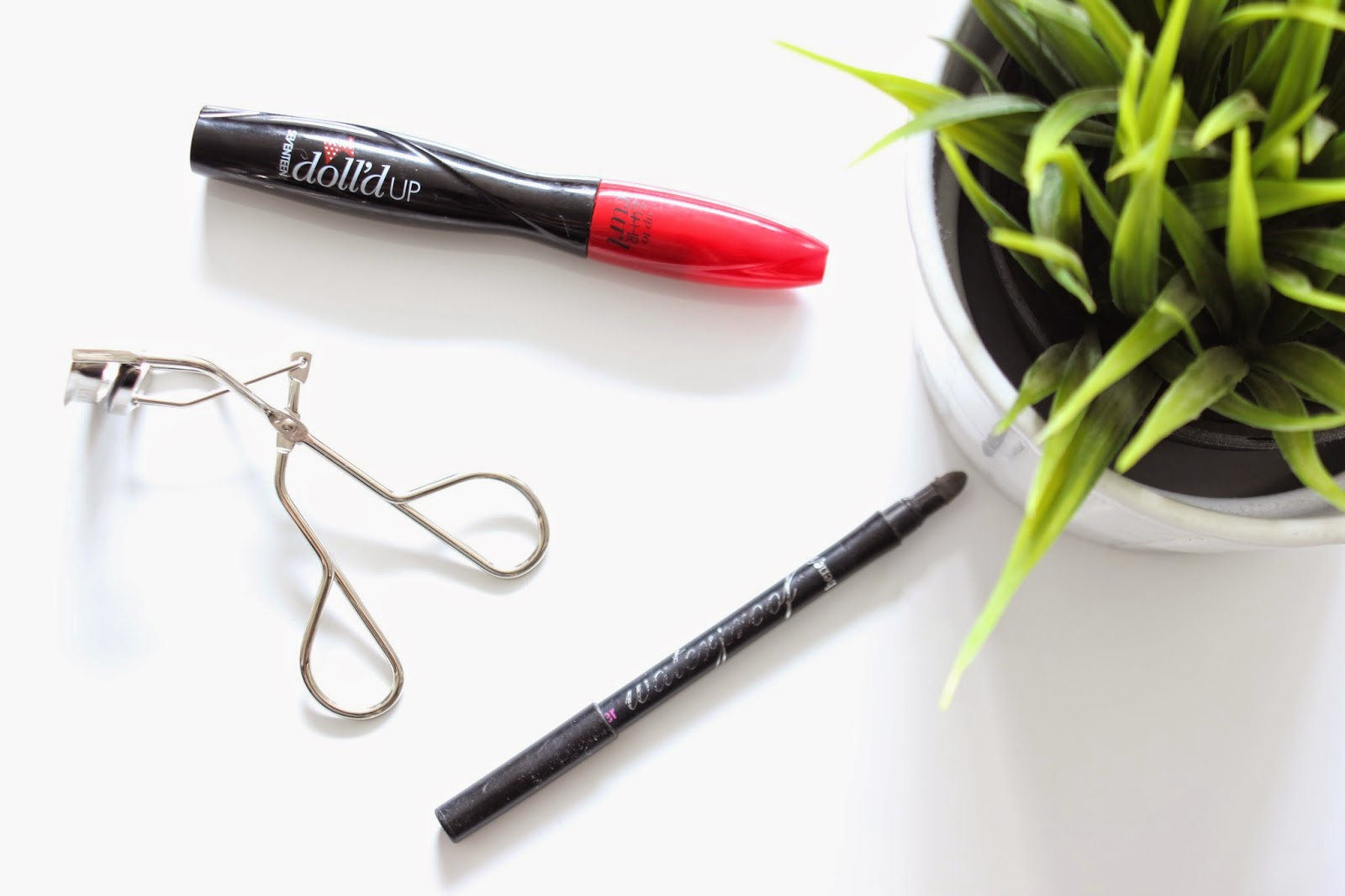 HOW TO: Fuller & Longer Lashes