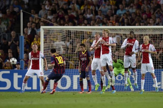 2 Hasil Skor Barcelona vs Ajax Liga Champions: Lionel Messi Hattrick!