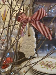 ανάγλυφο κρεμαστό χριστουγεννιάτικο δεντράκι