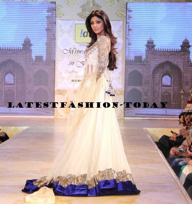 Manish Malohtra at Mijwan Fashion Show