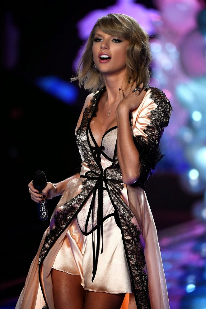 Taylor Swift wears lingerie for her 2014 Victoria's Secret Fashion Show performance in London