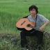 Dan Guitar mot tay - Thế Vinh đàn Guitar 1 tay hay đến nao lòng