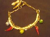 pulseira da sorte ,pingentes pimenta,olho grego,figa