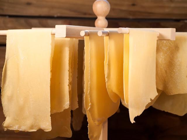 Recette Pate À Lasagne, Lasagne Fait Maison, Comment Faire des Lasagnes Maison, Faire sa Pate Lasagne, Recette des Lasagnes Maison, Recette Pâte À Lasagne Fraîche