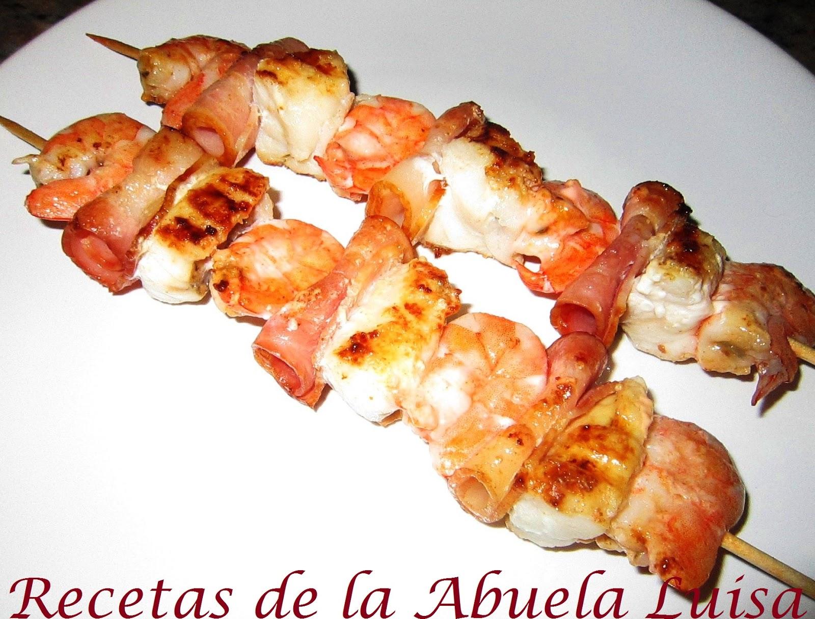 Brocheta de rape y langostinos recetas de la abuela luisa - Brocheta de langostinos y bacon ...