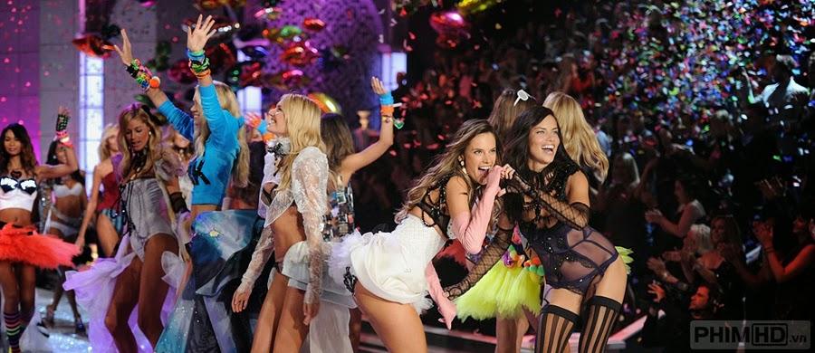 The Victoria's Secret Fashion Show - 2011
