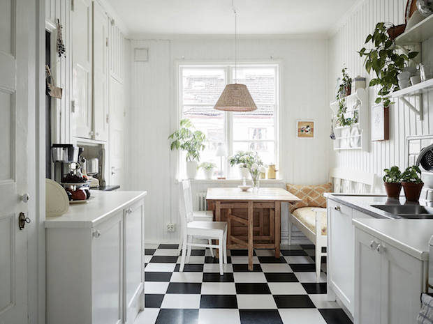 Two lovely Swedish kitchen tours