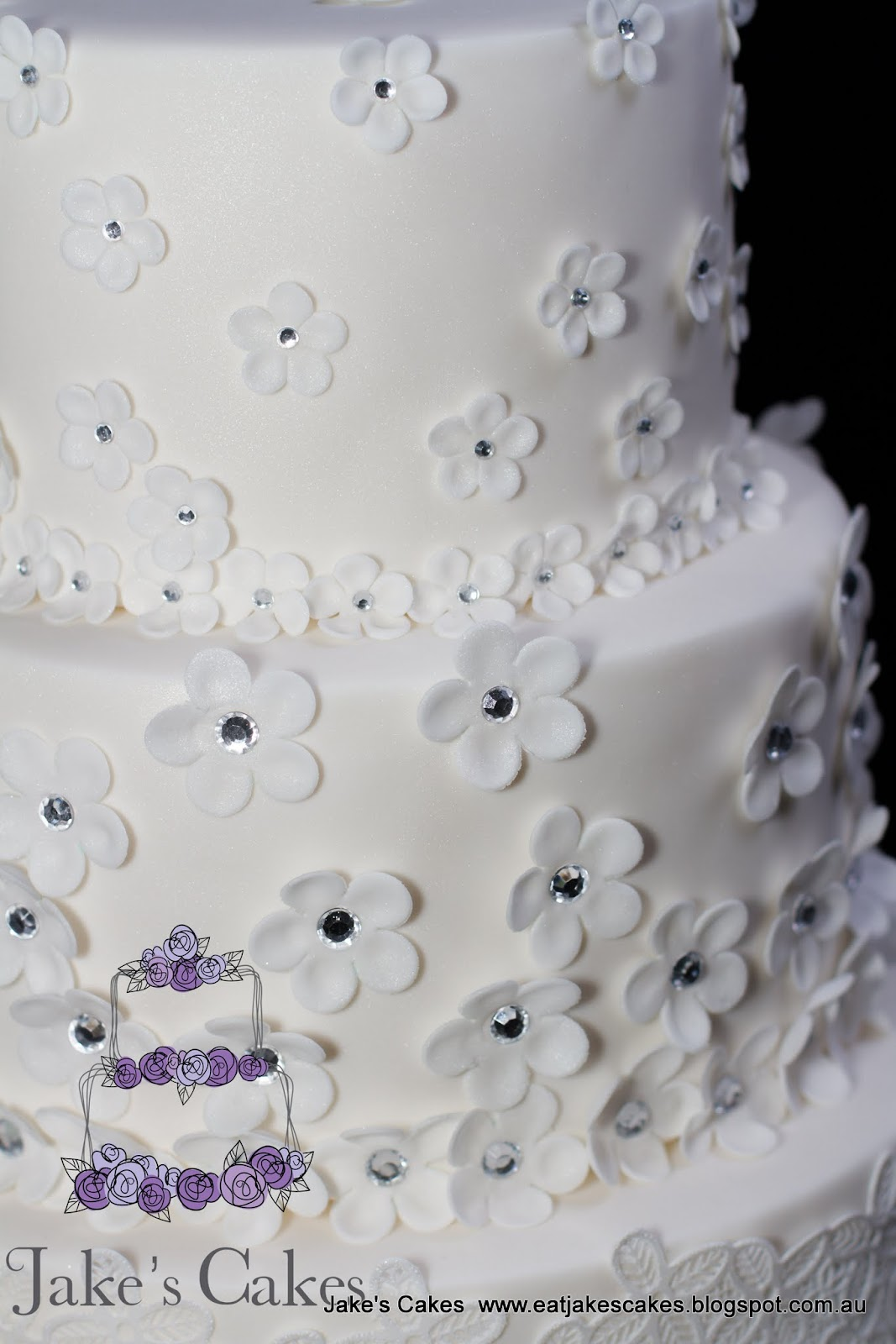 Jake\'s Cakes: Flower Bling wedding cake