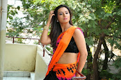 Isha Chawla latest glam pics-thumbnail-3