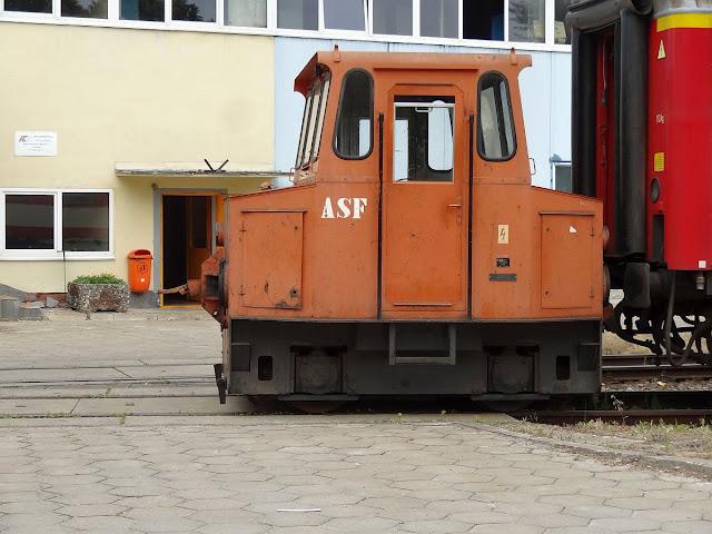 Przetokowy wózek akumulatorowy ASF