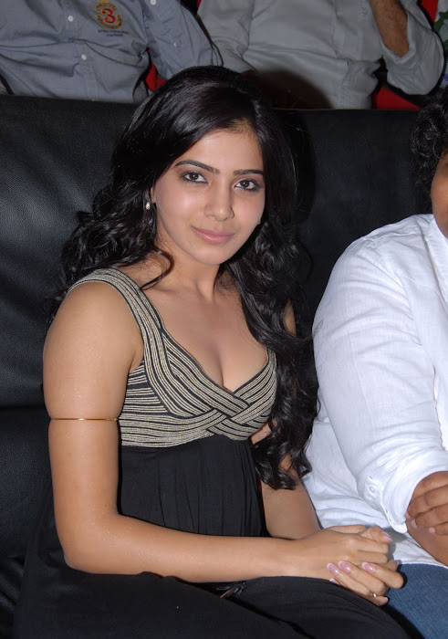 samantha at bus stop audio launch unseen pics