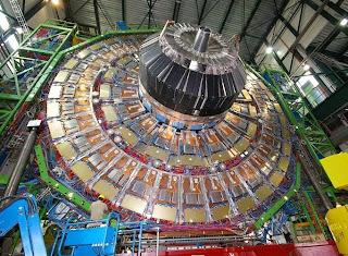 CERN aktifkan kembali Mesin Pembuat Black hole