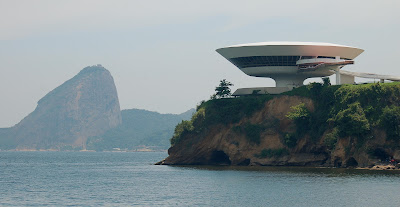 Oscar Niemeyer - MAC