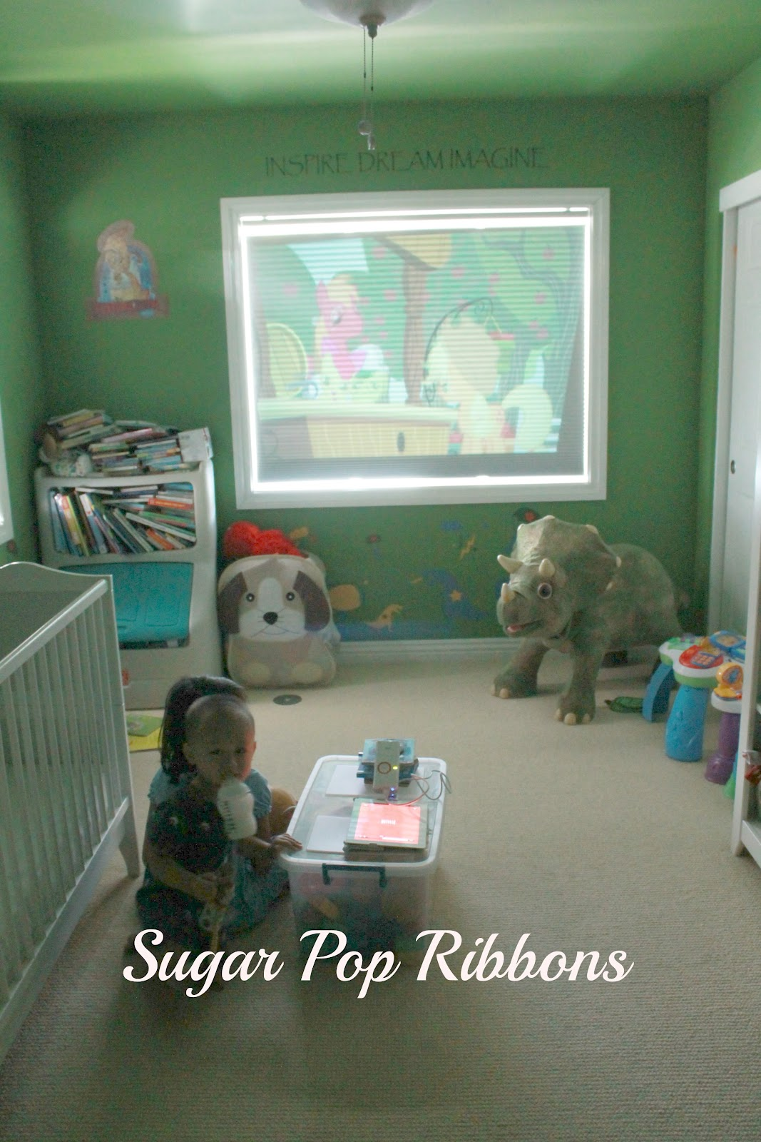mobile projector i projected a movie onto baby g 39 s bedroom window