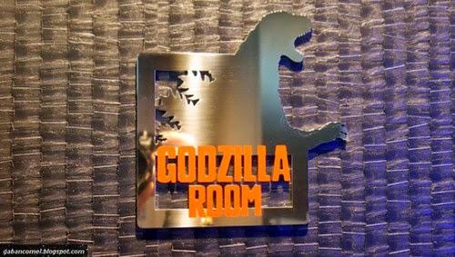 Hotel Gracery di Jepun Menyajikan Keganasan Patung Kepala Raksasa Godzilla