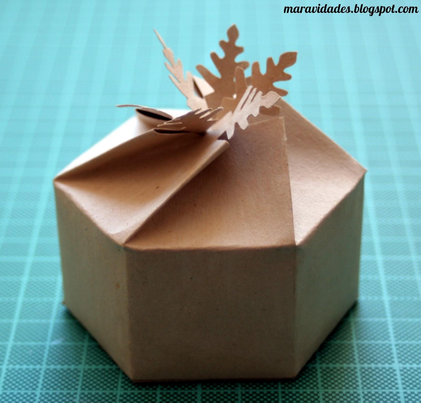 Alicia en el país de las Maravidades: Presentando regalos 2: caja ...