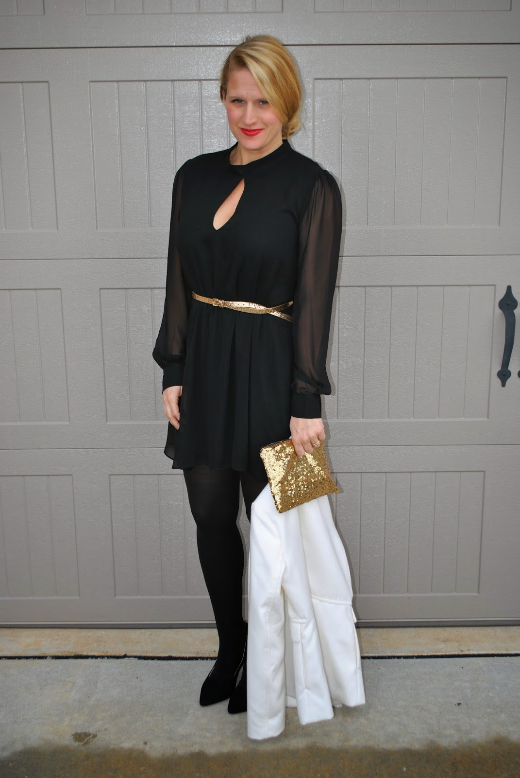 NYE 2014 PERFECT OUTFIT: GOLD, BLACK AND WHITE~AT SUNSHINE AND SEQUINS