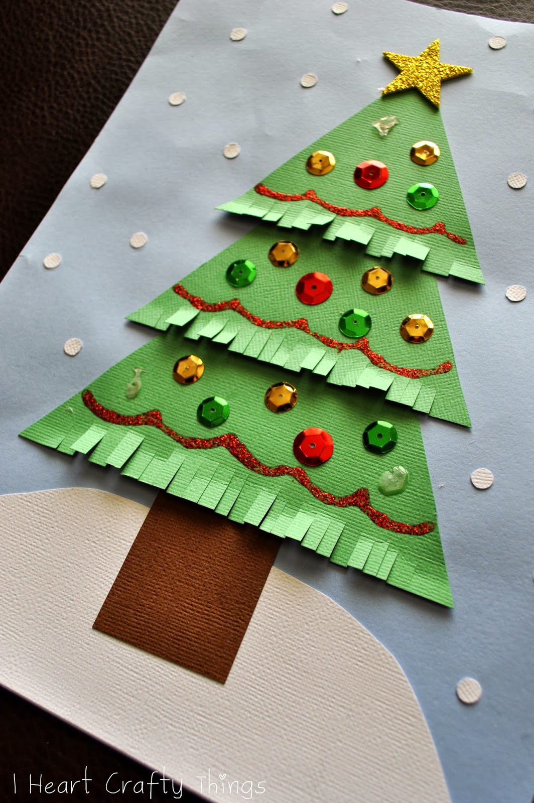Kids christmas tree craft i heart crafty things for Christmas crafts for pre schoolers