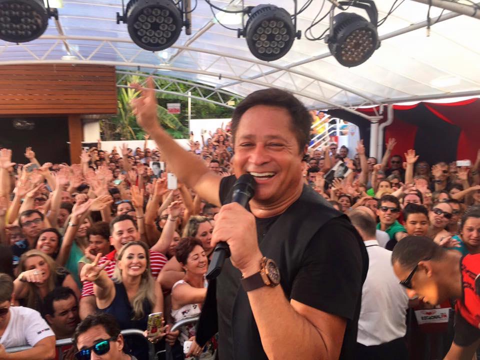 LEONARDO em  Acústico Rádio Regional FM FRORIANÓPOLIS /SC 23 01/2016