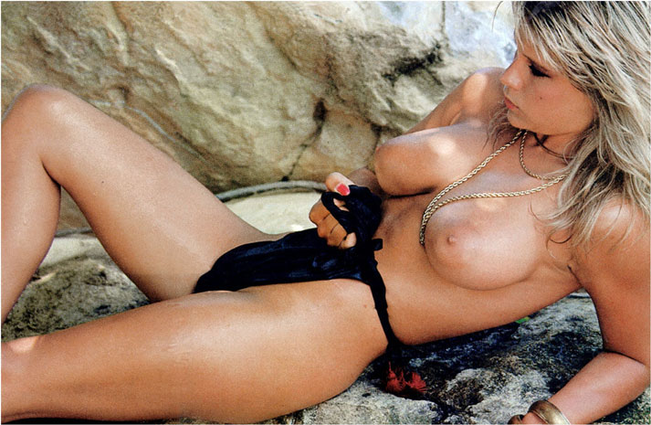 Sam Fox naked pic