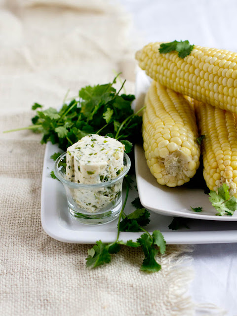 I always loved a basic sweet corn slathered in butter, but I had no clue that things could be even more delicious with an easy cilantro butter corn ohsweetbasil.com