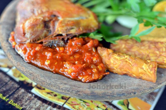 Johor-Ayam-Penyet
