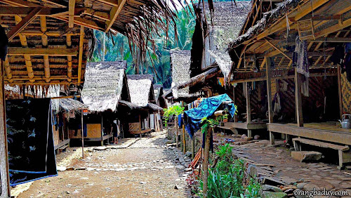 Rumah Suku Baduy