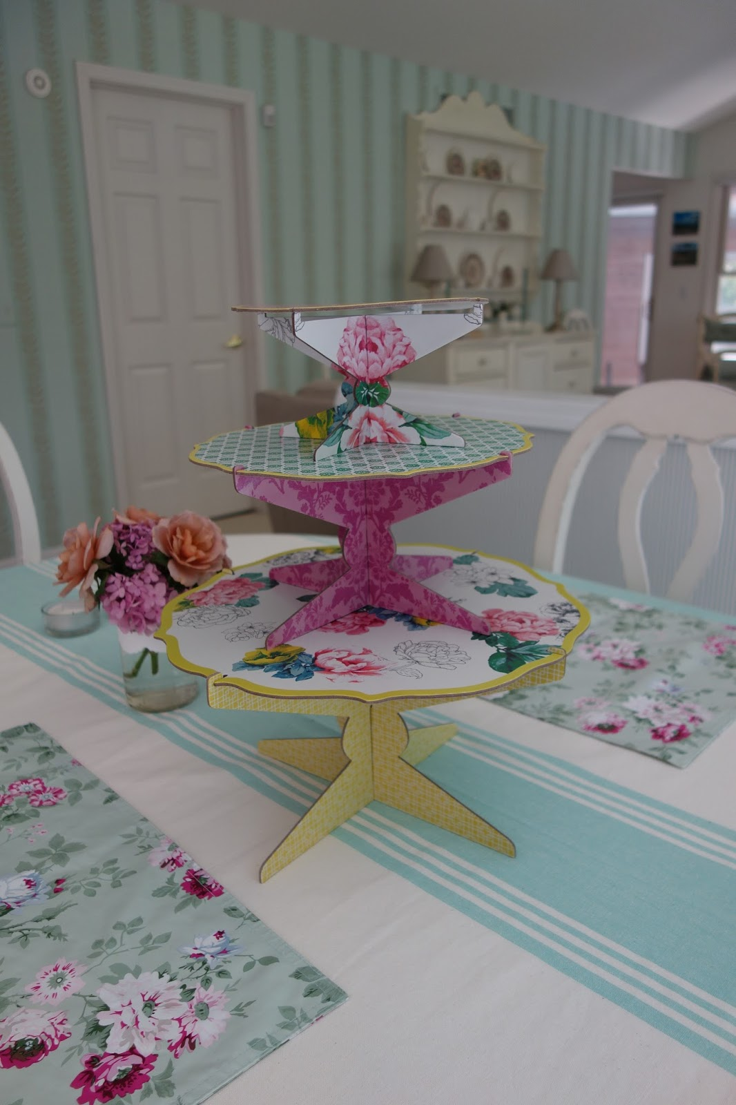 moments of delight anne reeves poppytalk for target a. Black Bedroom Furniture Sets. Home Design Ideas