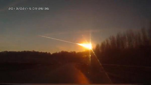 400 Heridos por la Caída de un Meteorito en la Ciudad Rusa de Cheliábinsk (Urales)