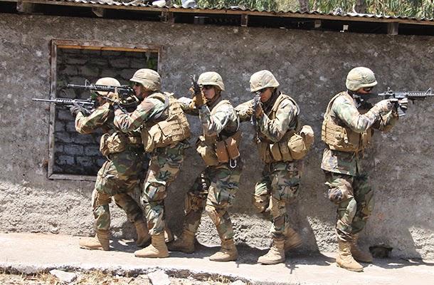 http://www.escuelamilitar.cl/index.php/es/noticias-escuela/cadetes/210-escuela-militar-en-terreno