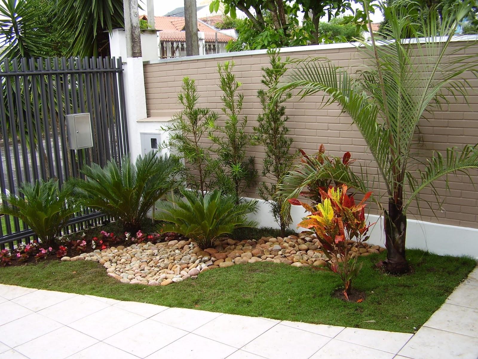 plantas jardim externo : plantas jardim externo:18- Grama, plantas, pedras e flores!!! Amei todas!!