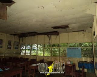 Ruang Kelas SDN 1 Sungai Bali Tak layak Pakai