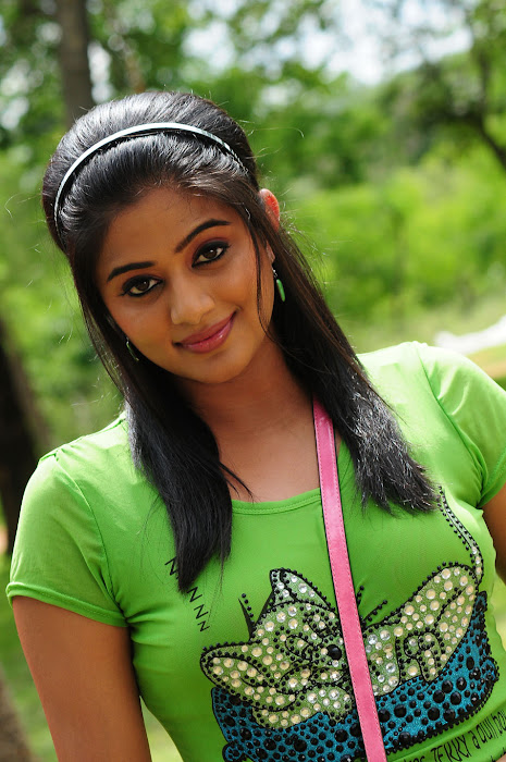 priyamani in tikka cute stills