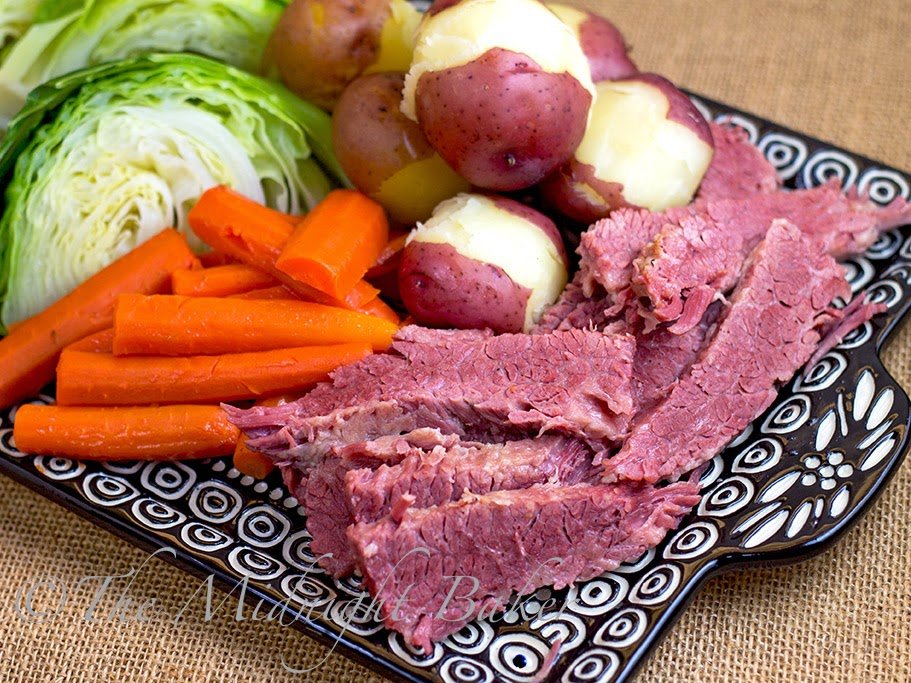 how to cook corned beef on stove top
