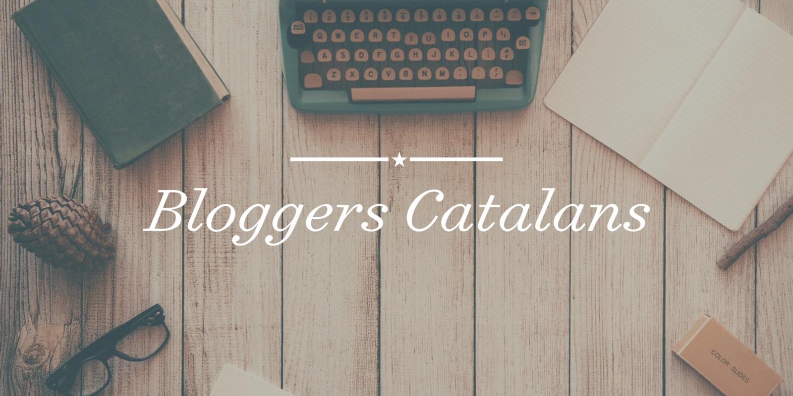 http://labibliotecadebella.blogspot.com.es/2015/03/hoooolahoy-traigo-una-entrada-un-poco.html