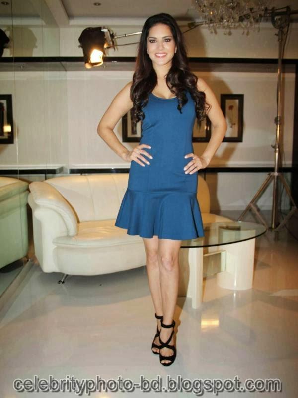 Sunny+Leone+Photos+in+Short+Dress+at+MTV+Webbed+In+Mumbai+Drama+Series+Shooting003