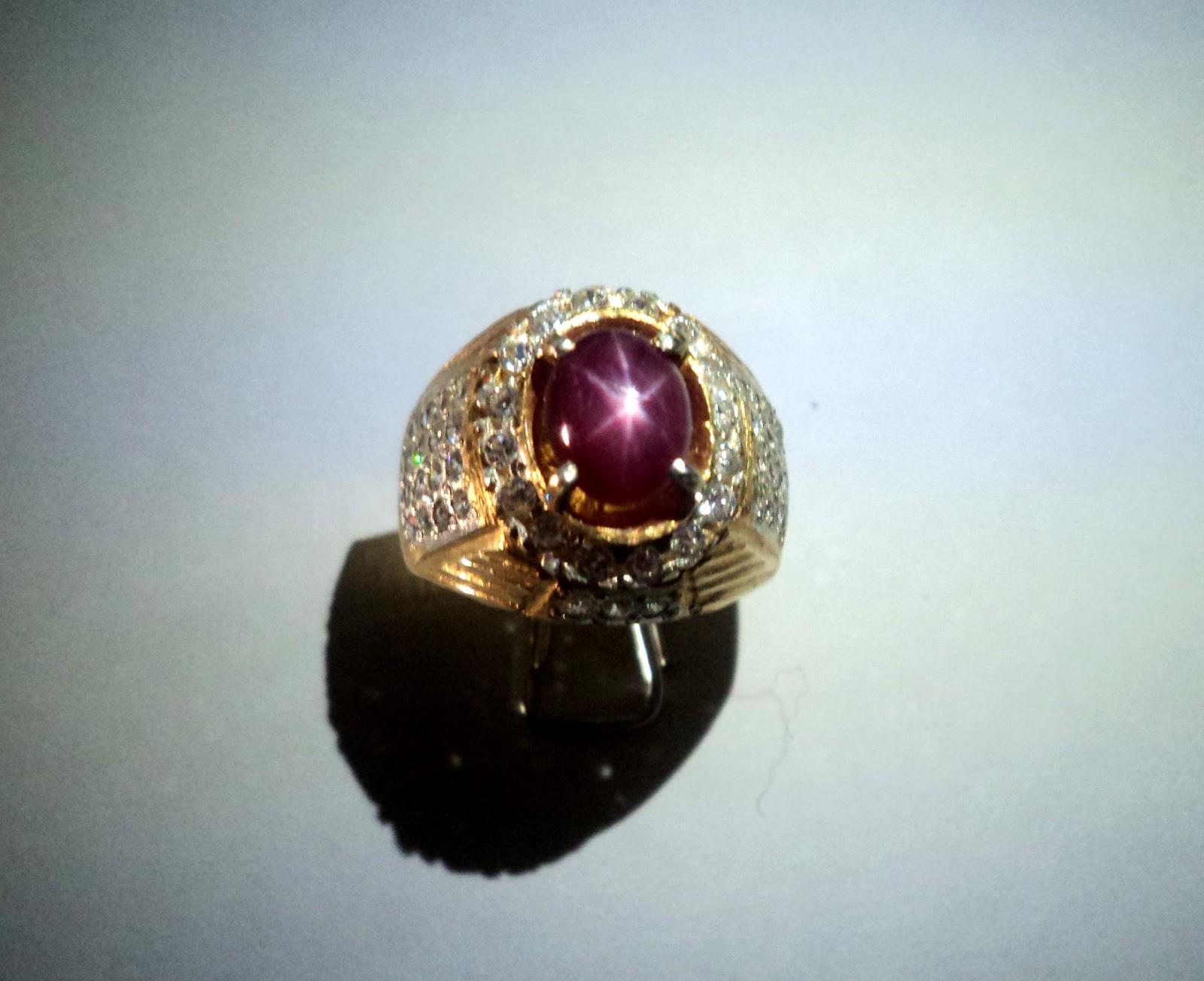 contoh batu cincin mulia Rubby Star