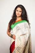 Avika Gor Glamorous photos in saree-thumbnail-9