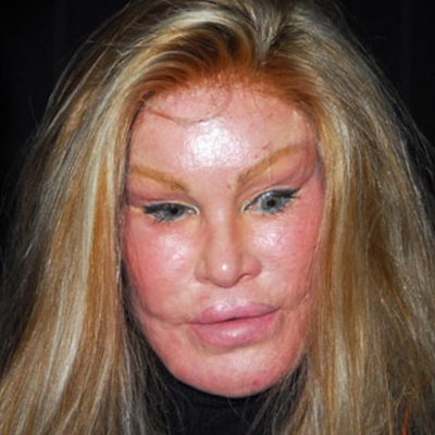 friday news jocelyn wildenstein the worlds scariest celebrity. Black Bedroom Furniture Sets. Home Design Ideas