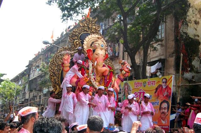 Lalbaugcha Raja Mumbai Ganesh Utsav Photos - Wallpapers