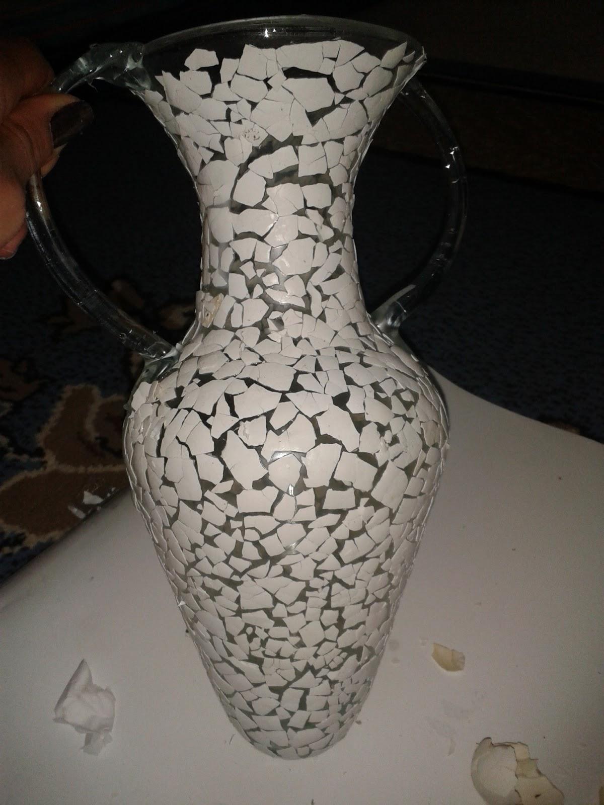 Peinture sur verre et porcelaine comment d corer un vase la coquille d 39 oeuf - Peinture coquille d oeuf ...