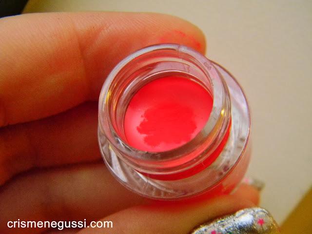 delineador em gel Vult colorido rosa