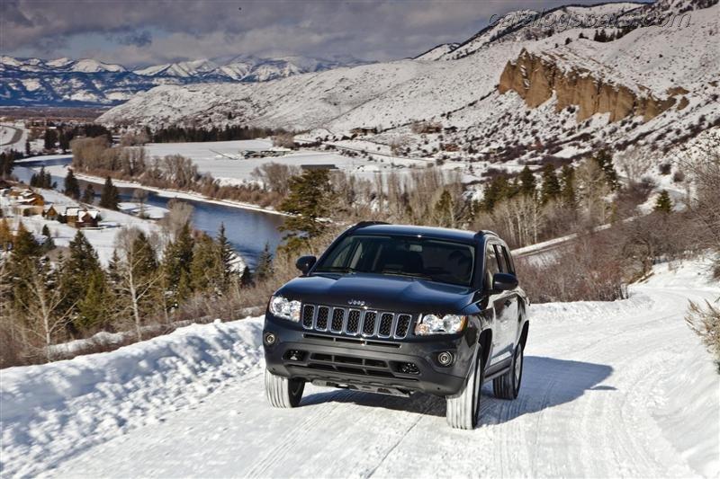 صور سيارة جيب كومباس 2014 - اجمل خلفيات صور عربية جيب كومباس 2014 - Jeep Grand Cherokee Photos Jeep-Compass-2012-01.jpg