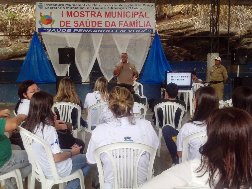 Os agentes da GM apresentaram uma palestra na I Mostra de Saúde da Família em São José do Vale do Rio Preto
