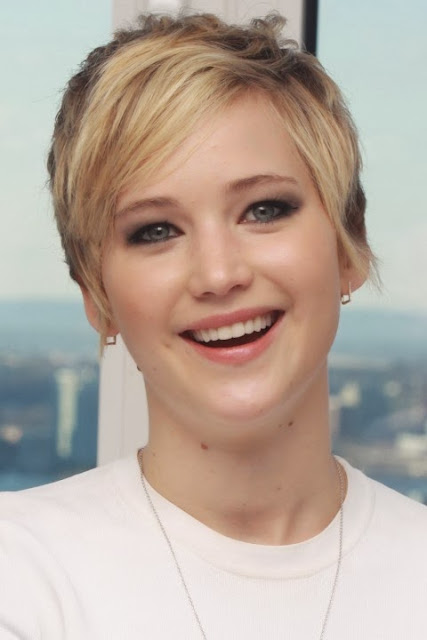 Jennifer Lawrence Short Hairstyles Season