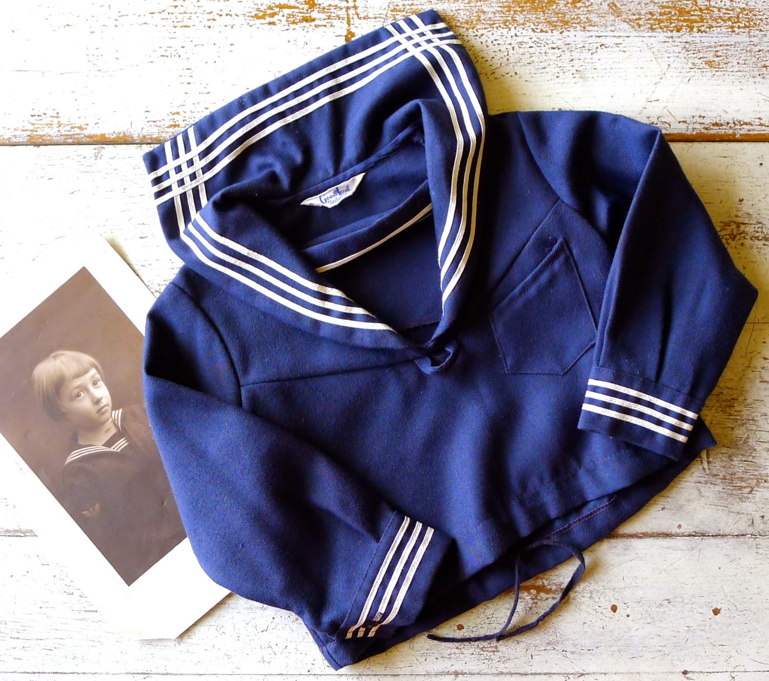 https://www.etsy.com/listing/227314700/1940s-good-lad-sailor-top
