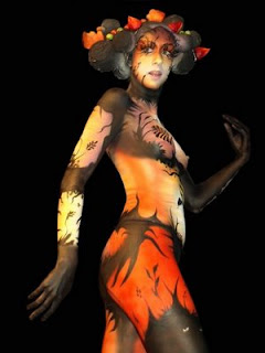 Body paint Dark and Light