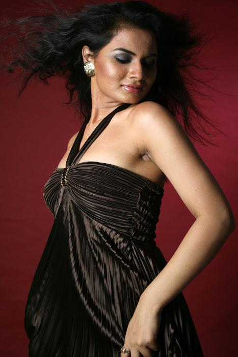 tosha dazzling shoot