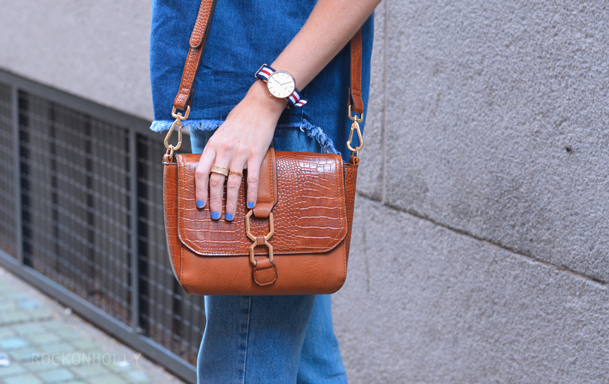 Topshop Tan Bag on Rock On Holly Blog